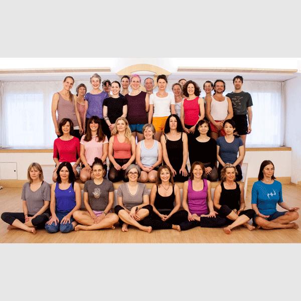YogalehrerInnen